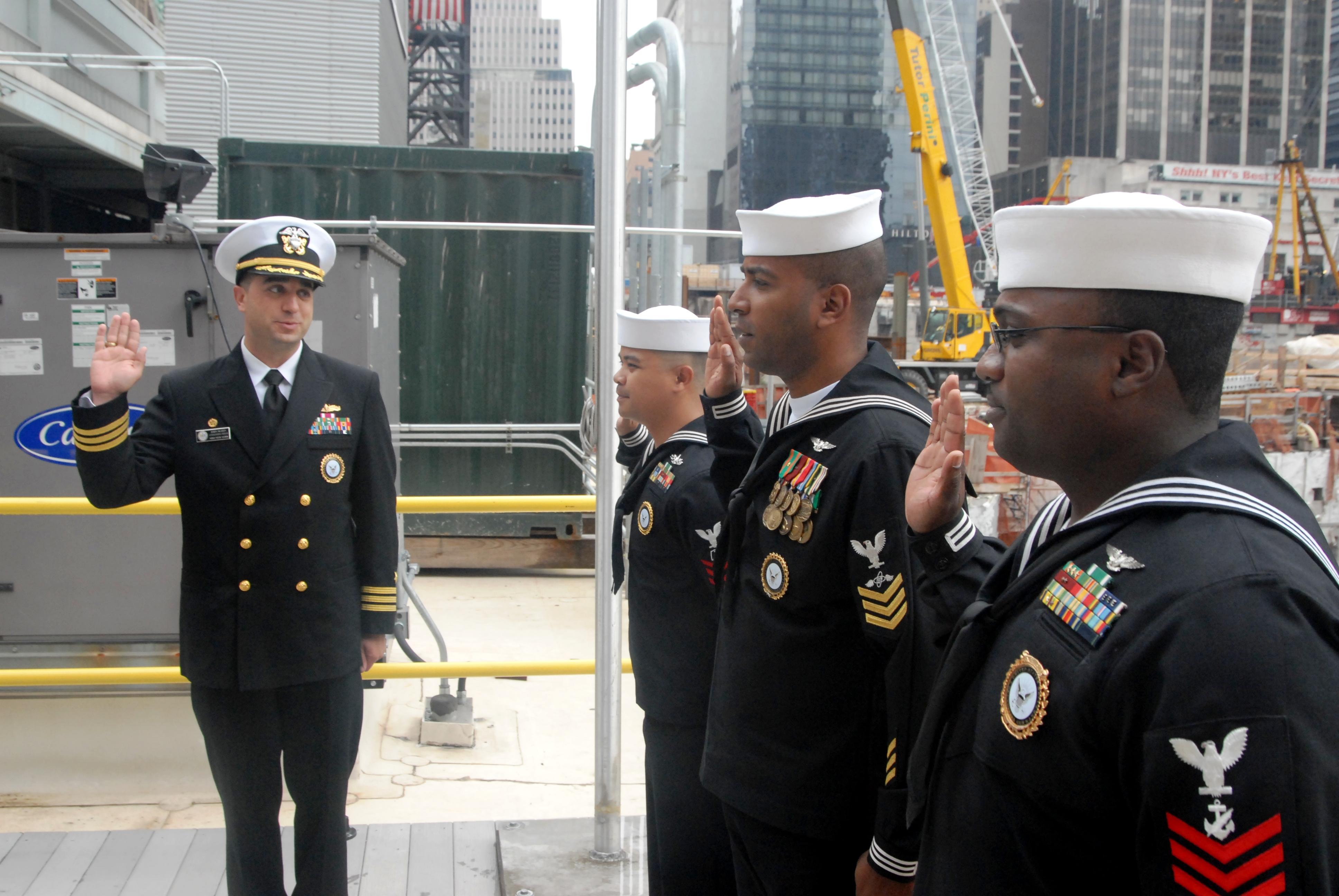 file us navy n yz cmdr john skarin commanding file us navy 111013 n yz943 014 cmdr john skarin