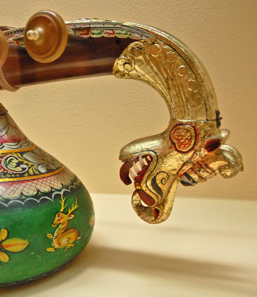 Description Veena Saraswati (Musées de Dahlem Berlin) (3042092768 ...
