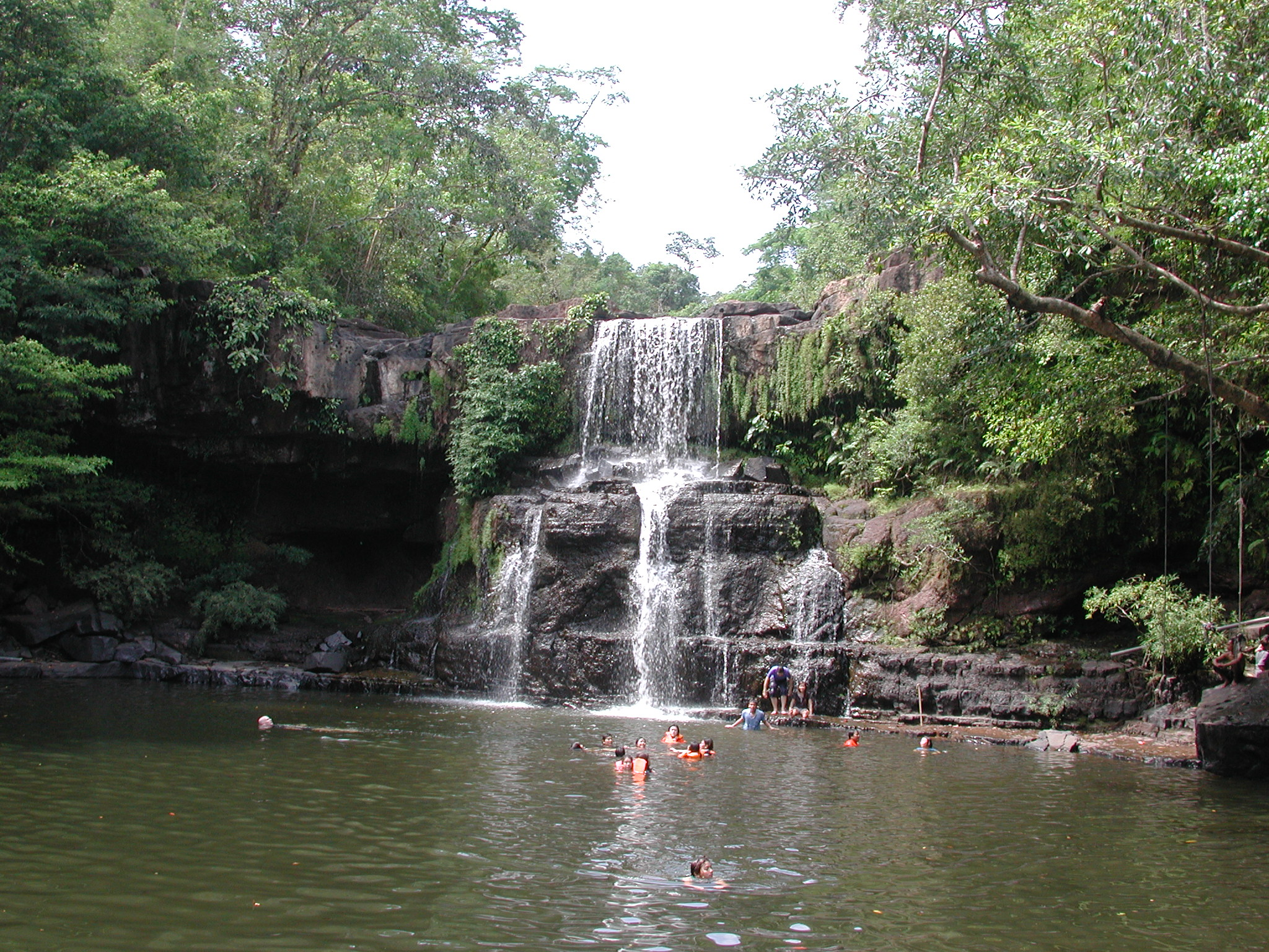 File:Waterfalls of Ko Kut Island.jpg - Wikimedia Commons