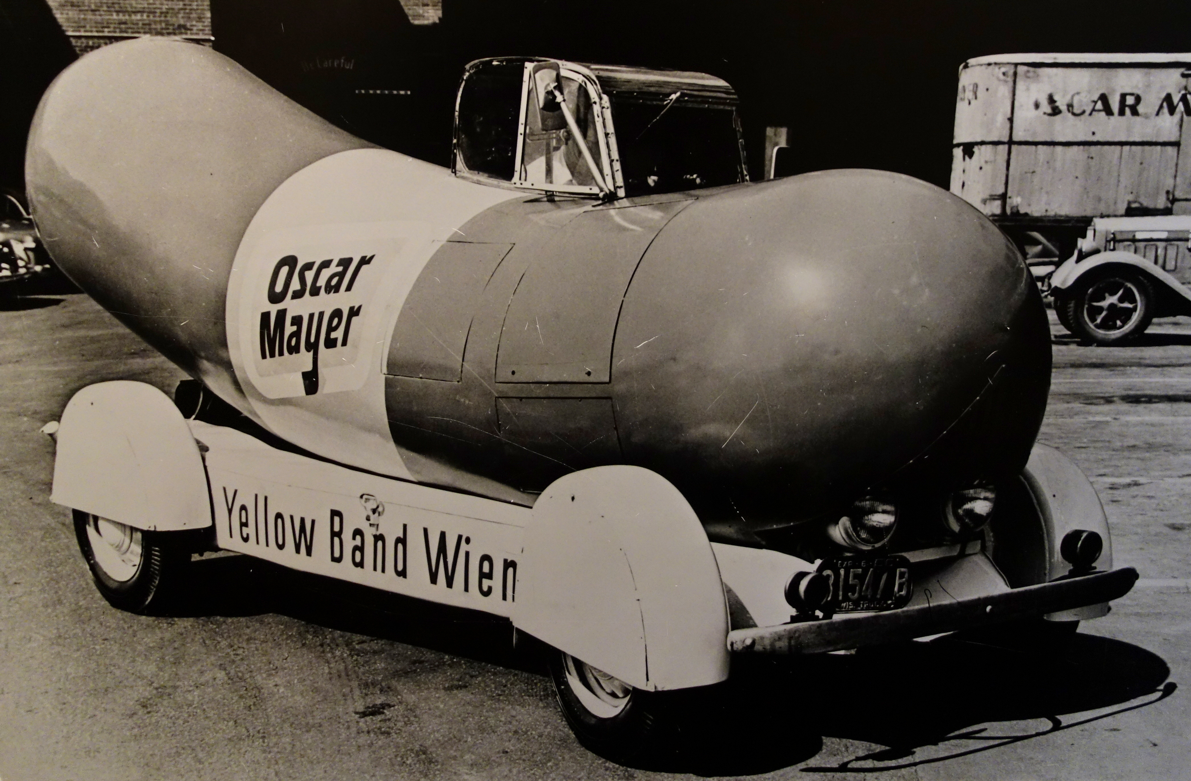 file wienermobile with added cockpit 1936 oscar mayer foods corporation madison wi. Black Bedroom Furniture Sets. Home Design Ideas