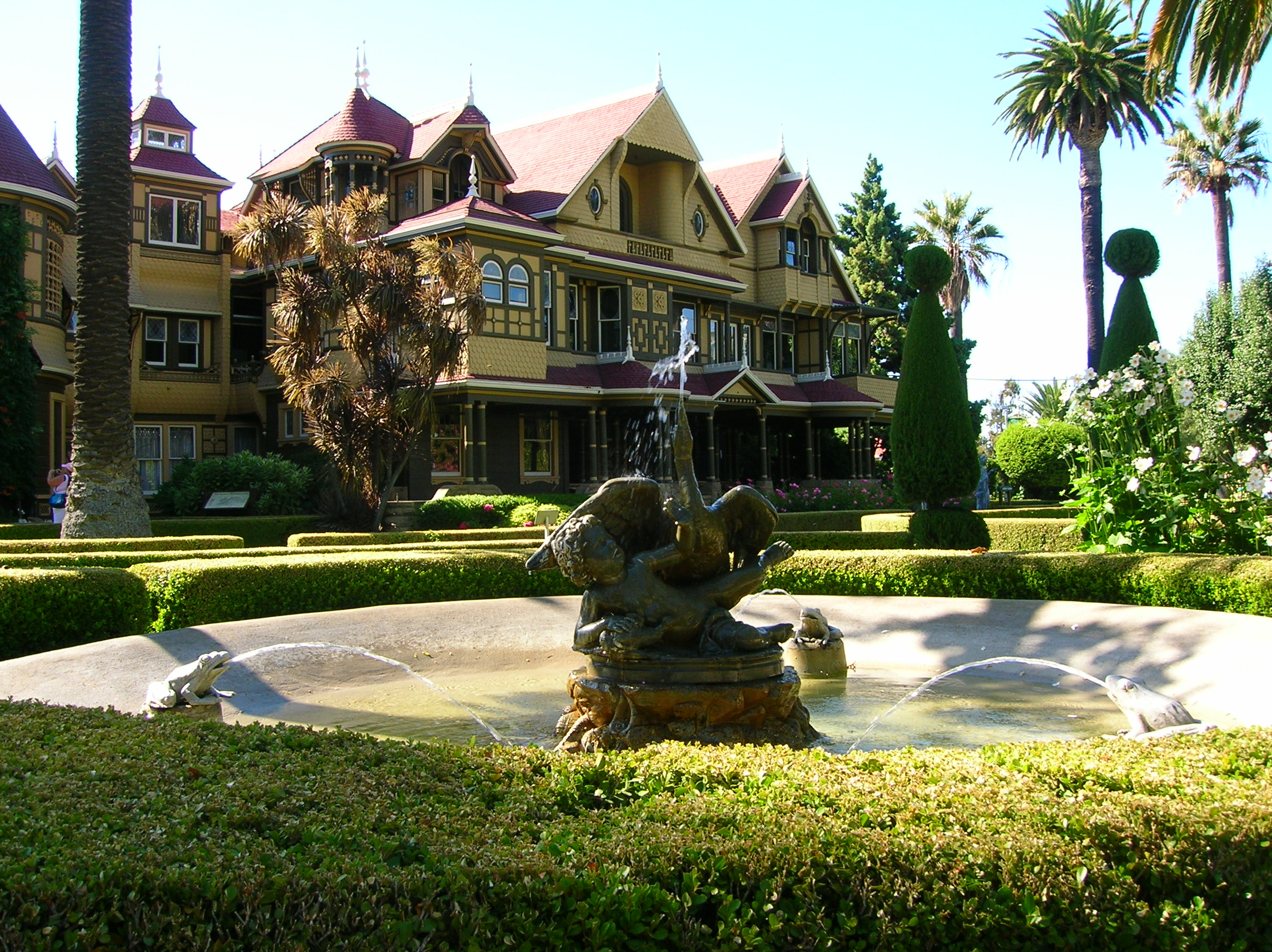 Winchester mystery house maria alexander for San francisco mansion tour