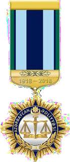 """""""Azərbaycan Ədliyyəsinin 100 illiyi (1918-2018)"""" yubiley medalının ön tərəfi.png"""