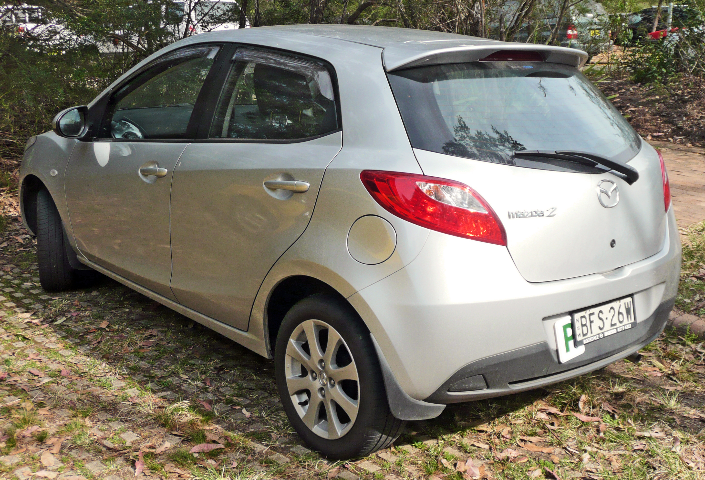 Kekurangan Mazda 2 2009 Tangguh