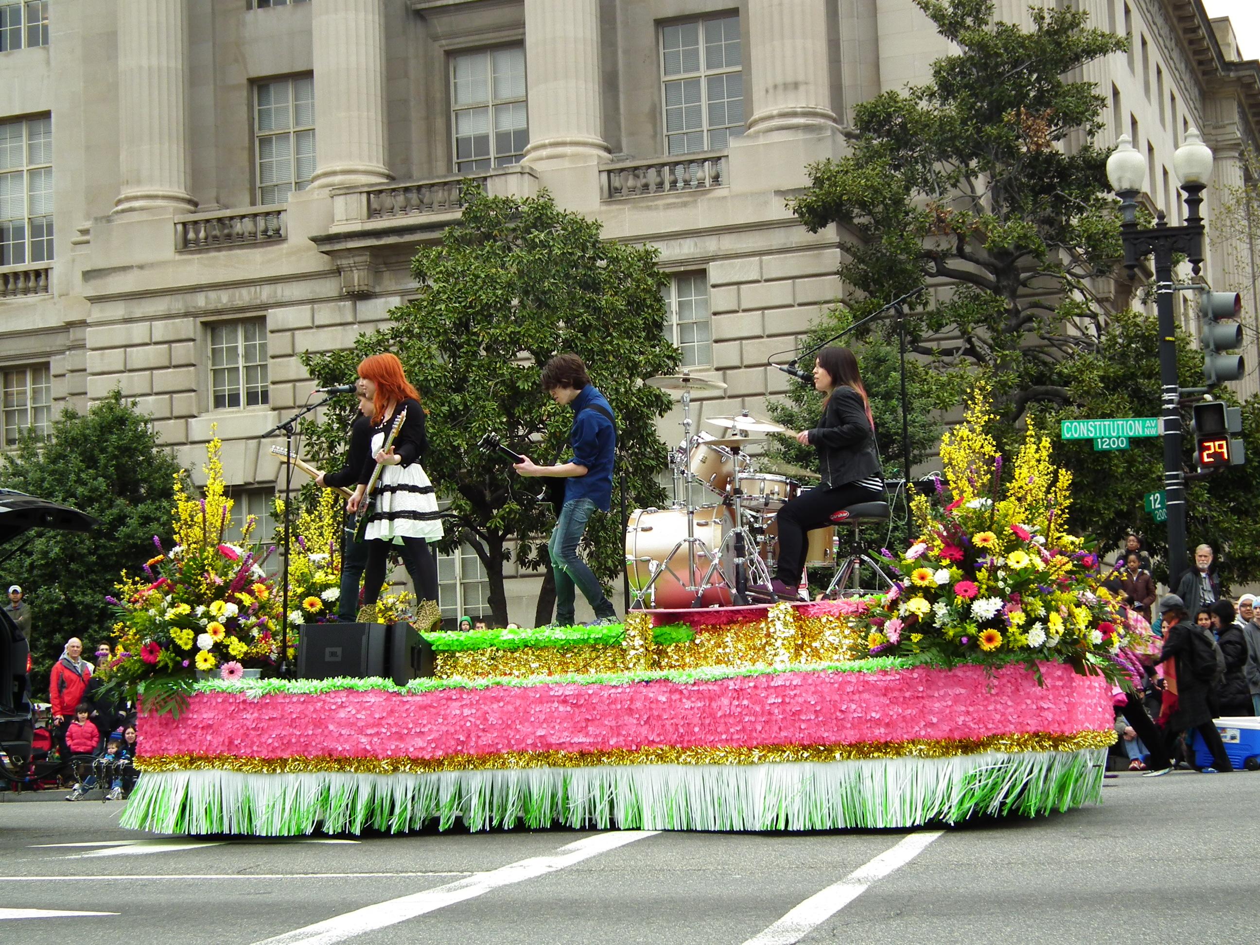 hot sale online 5b96e d1da5 File 2011 Cherry Blossom Parade DC - 201 (5606491141).jpg