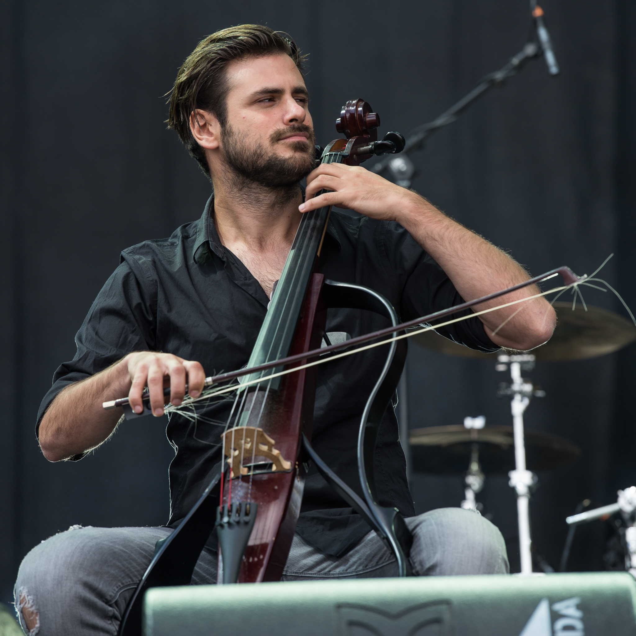 File:2017 RiP - 2Cellos - Stjepan Hauser - by 2eight