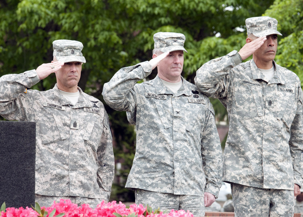 File:201st BfSB bids welcome, farewell to command sergeants