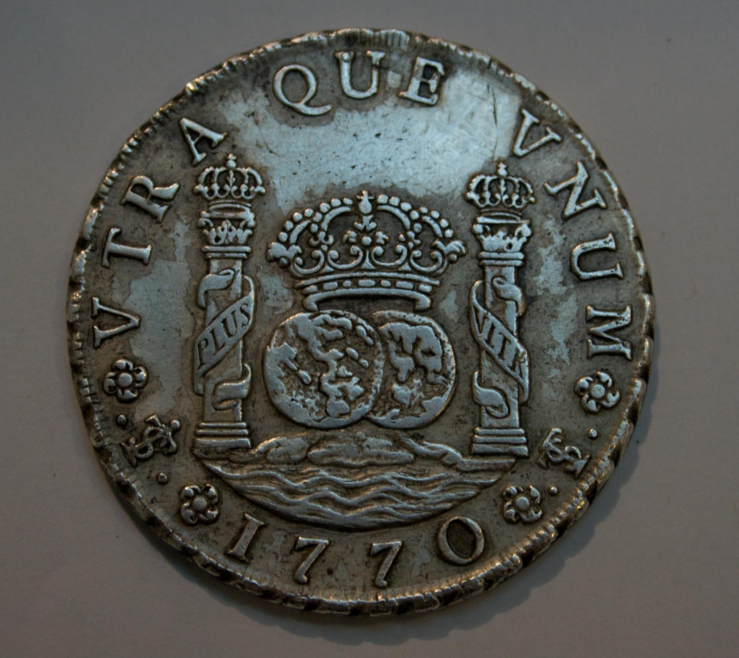 8 Reales, 1770, British Museum.jpg