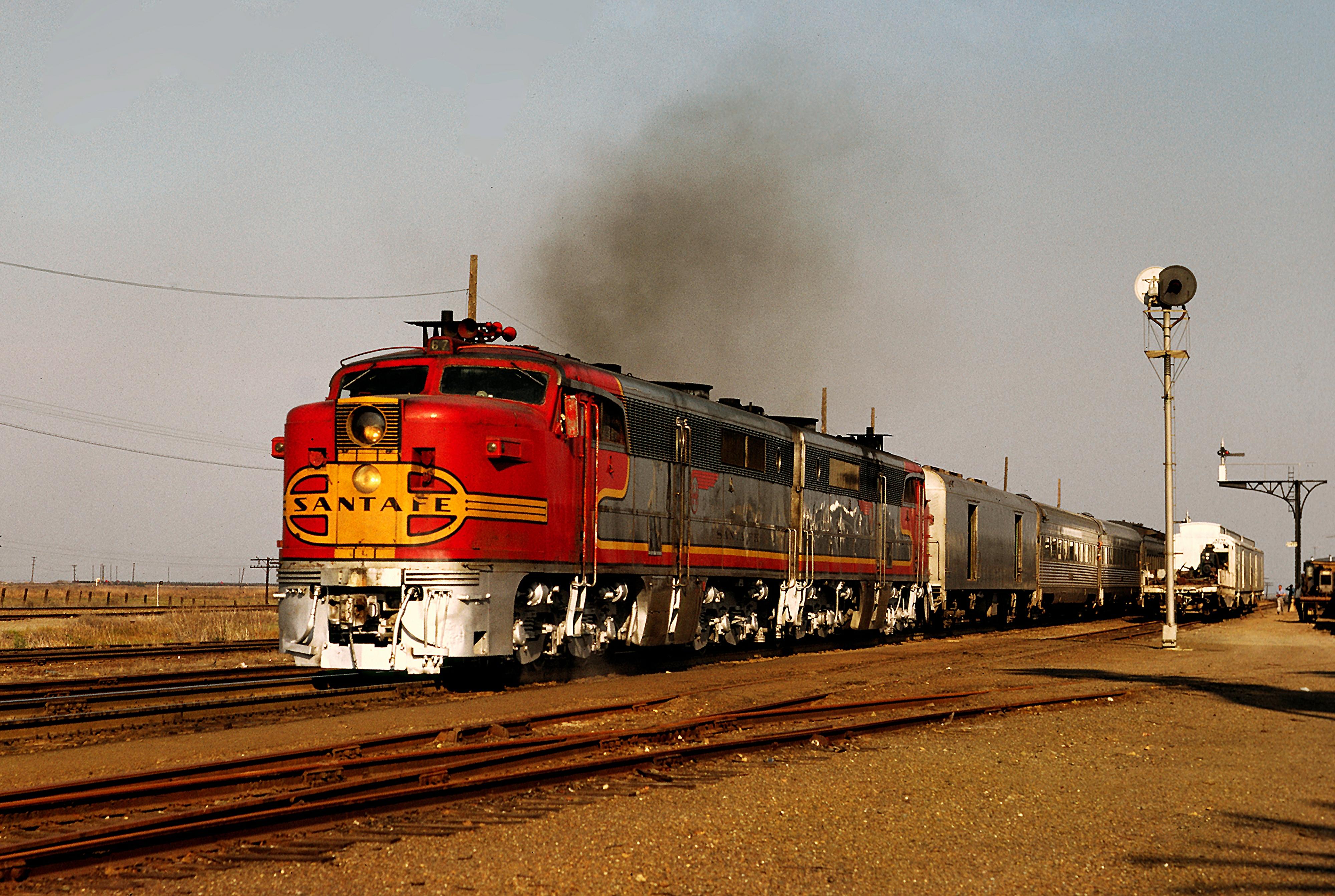 Image Result For Sante Fe Train