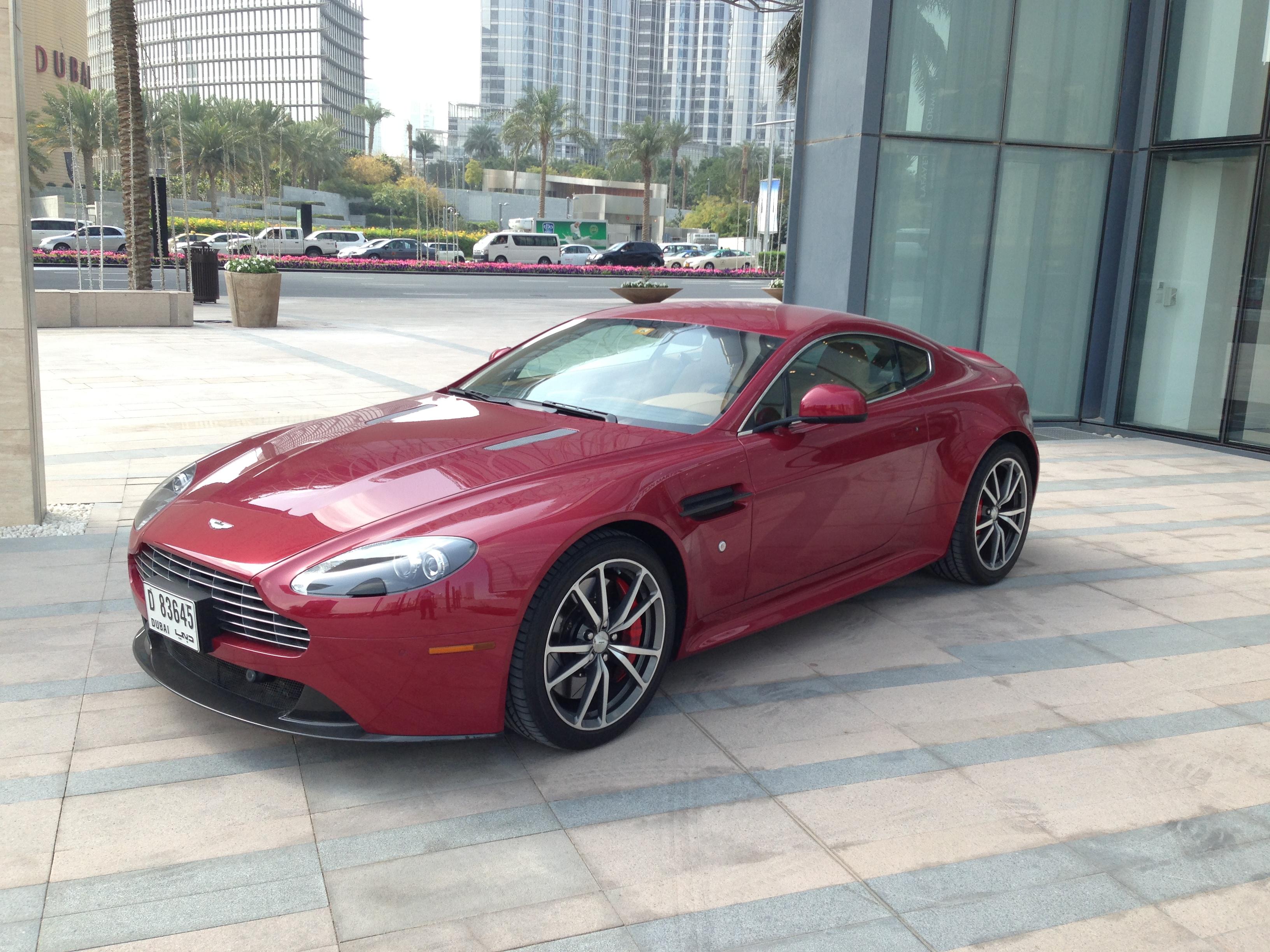 Aston Martin V8 Vantage on Aston Martin Engine Scheme