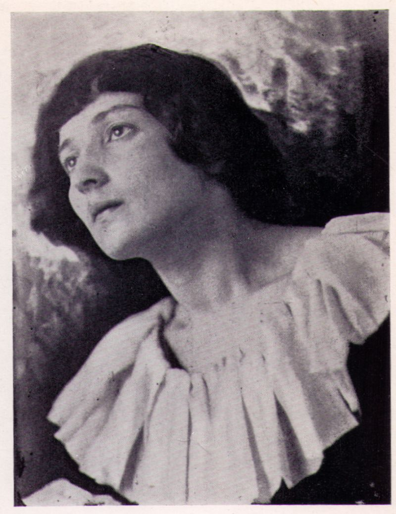 Bella chagall.jpg
