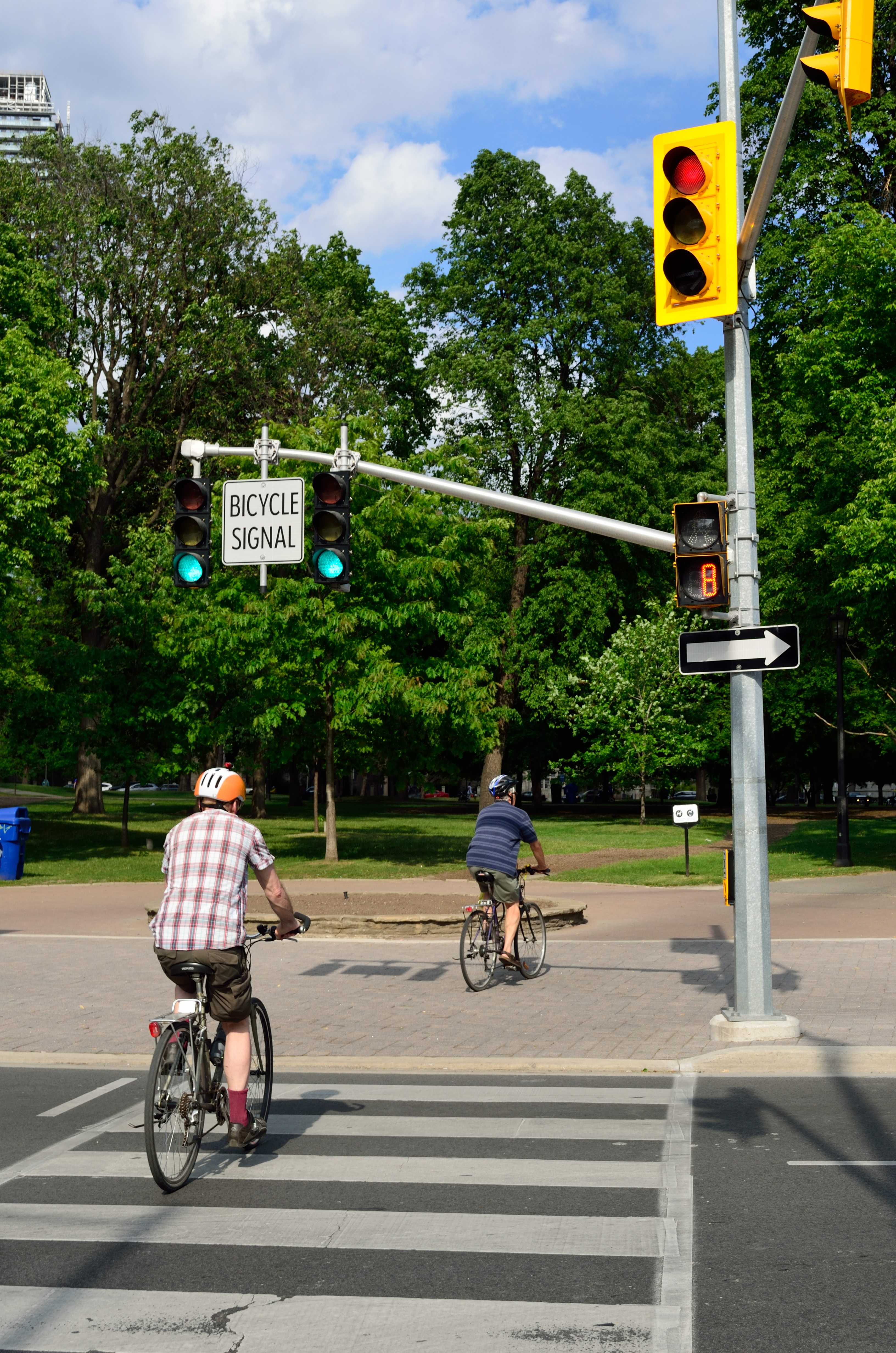 Toronto E Bike Tours