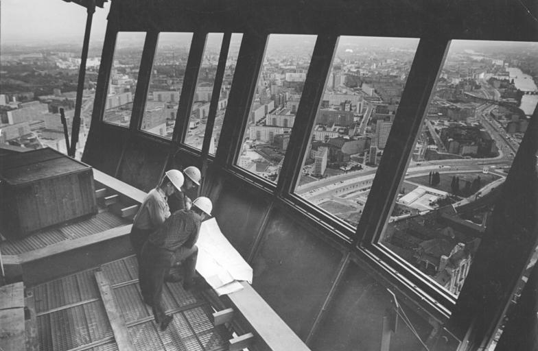 Dateibundesarchiv Bild 183 G0806 0007 001 Berlin Fernsehturm Bau