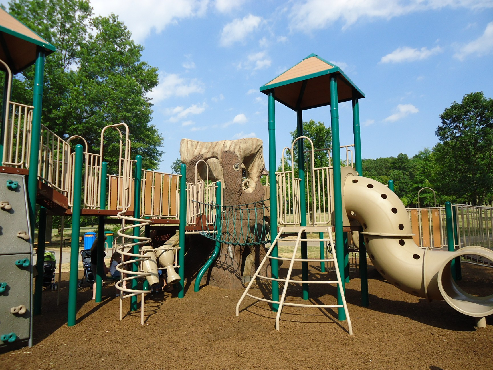 File Childrens Outdoor Play Equipment In Park Jpg
