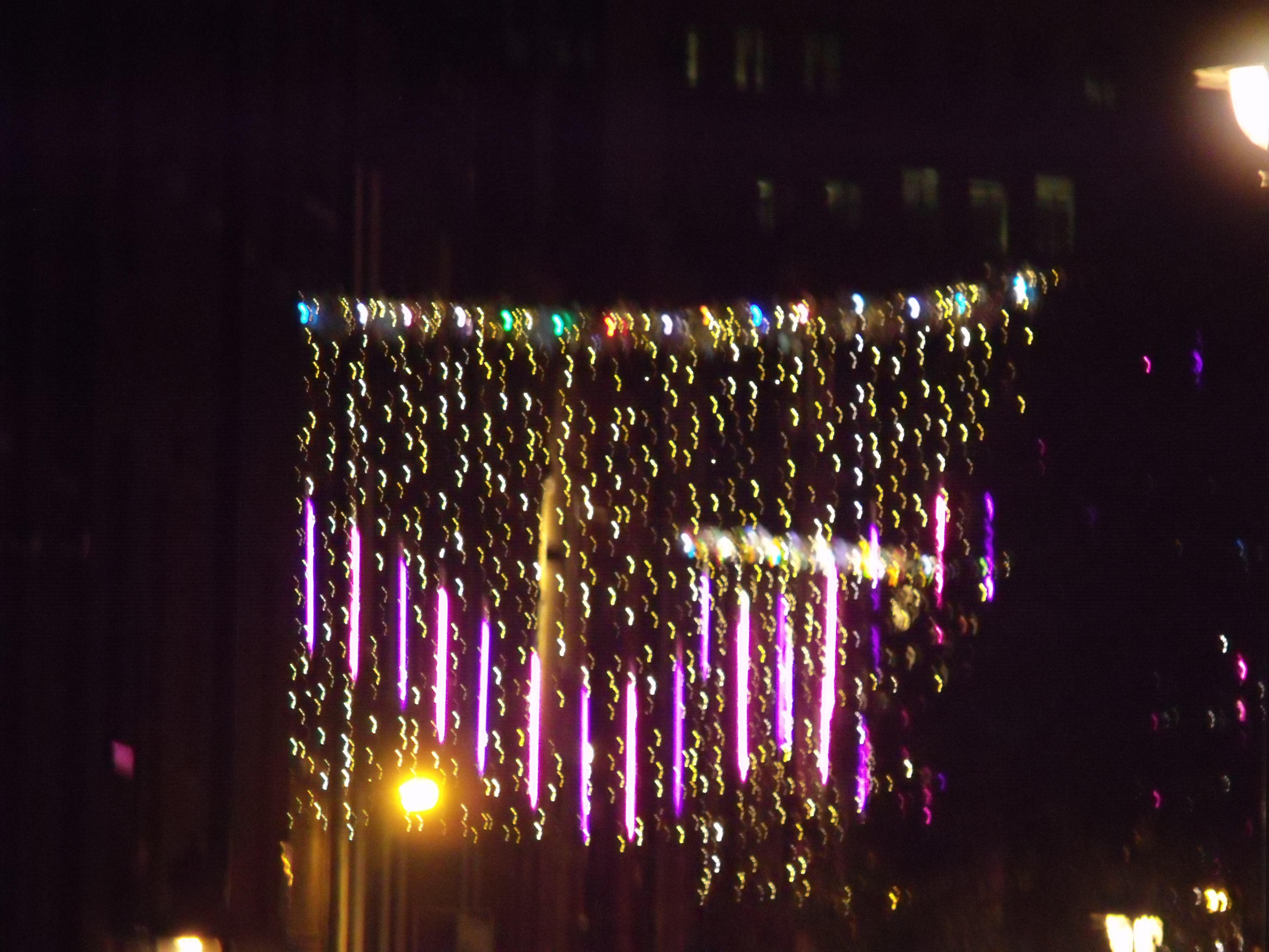 File:Christmas lights in London (off Long Acre) (6446635403).jpg ...