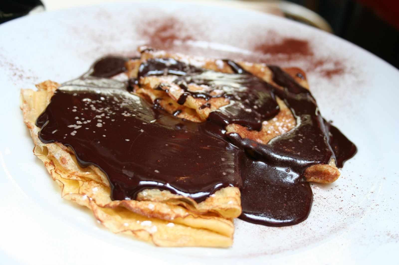 File:Crepes con chocolate.jpg - Wikimedia Commons