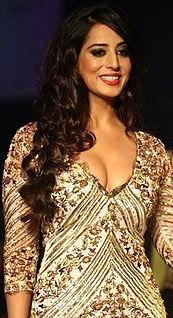 Gill at the Lakme Fashion Week, اگست 2013