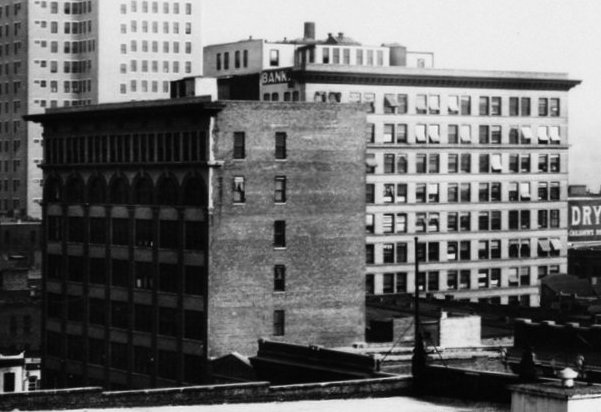 File:Farley Building and Frank Nelson Building, 1916.jpg