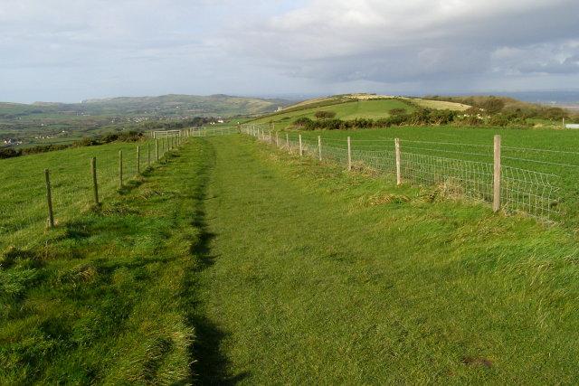 Fenced bridleway on Nine Barrow Down - geograph.org.uk - 1026425