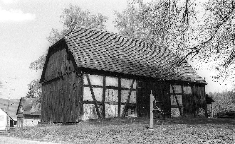 Datei:Fotothek df rp-d 0610071 Spreetal-Neustadt (Spree). Rollmühle, alte Scheune.jpg
