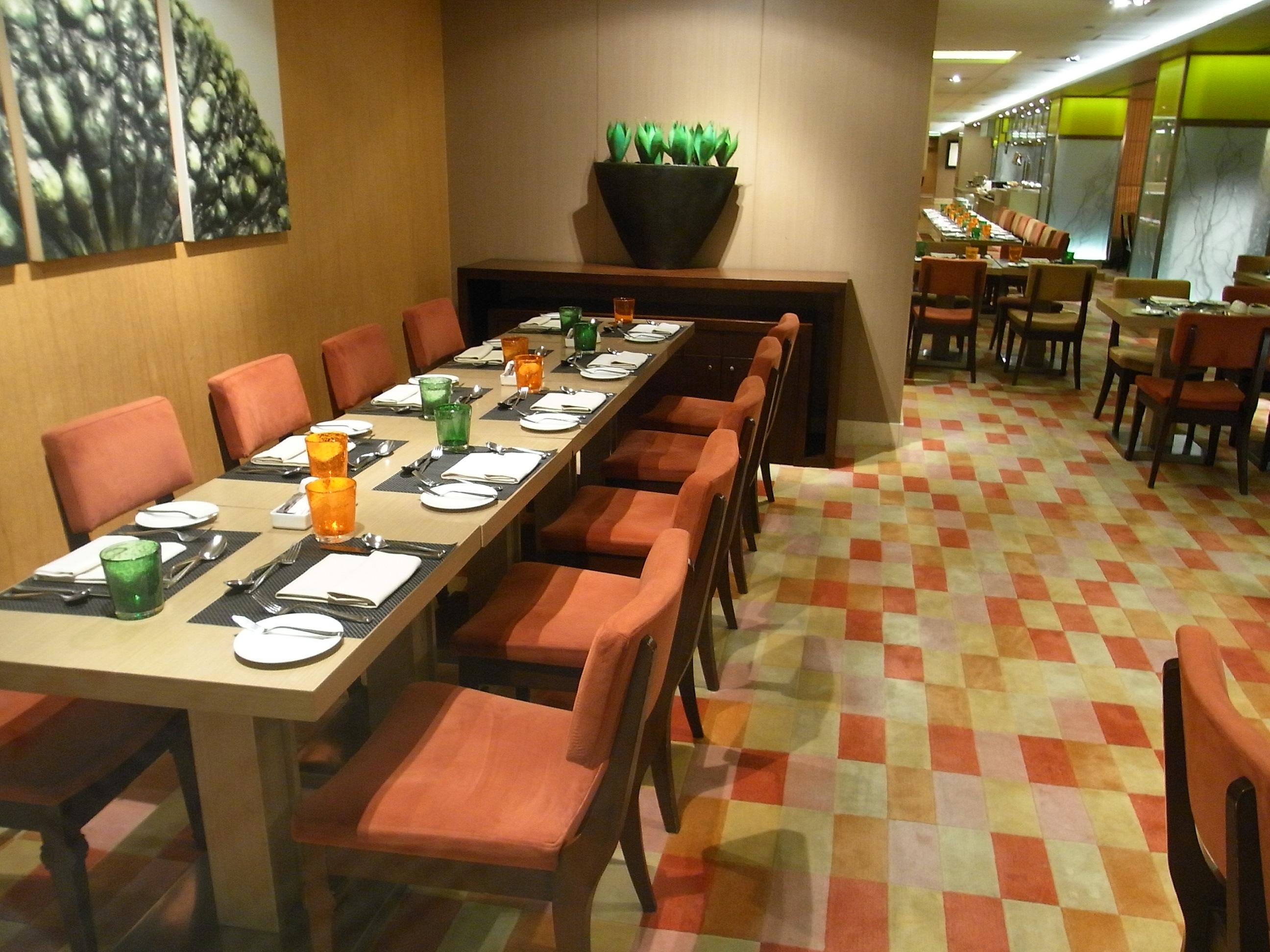 HK Wan Chai North %E7%81%A3%E4%BB%94%E5%8C%97 Art One @ Convention Plaza Restaurant Interior May 2012