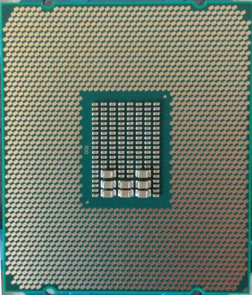 File:Intel Xeon e5-2620v4 unten jpg - Wikimedia Commons