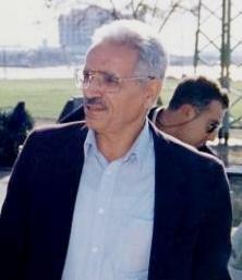 Israel KesarTrnspMinister1996 (cropped).jpg