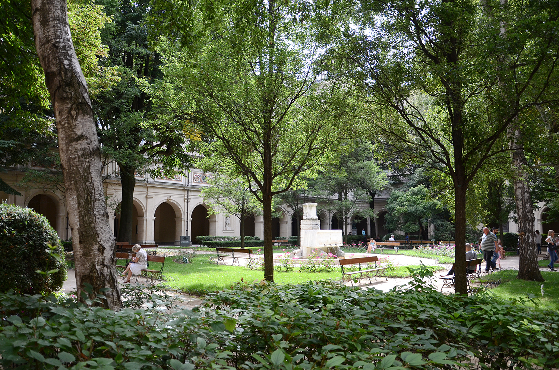 Jardin Classique À La Française jardin du palais saint-pierre — wikipédia