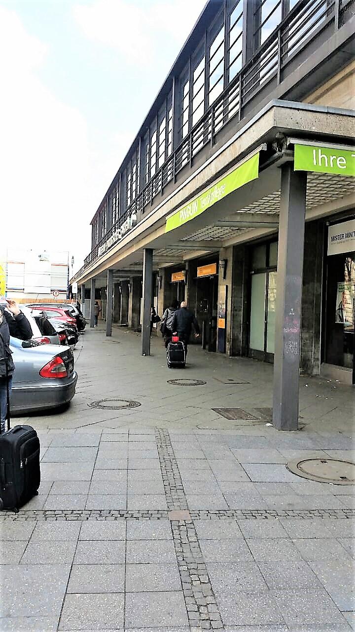 File Jebensstrasse Rear Entrance Of Bahnhof Zoo Berlin I Jpg