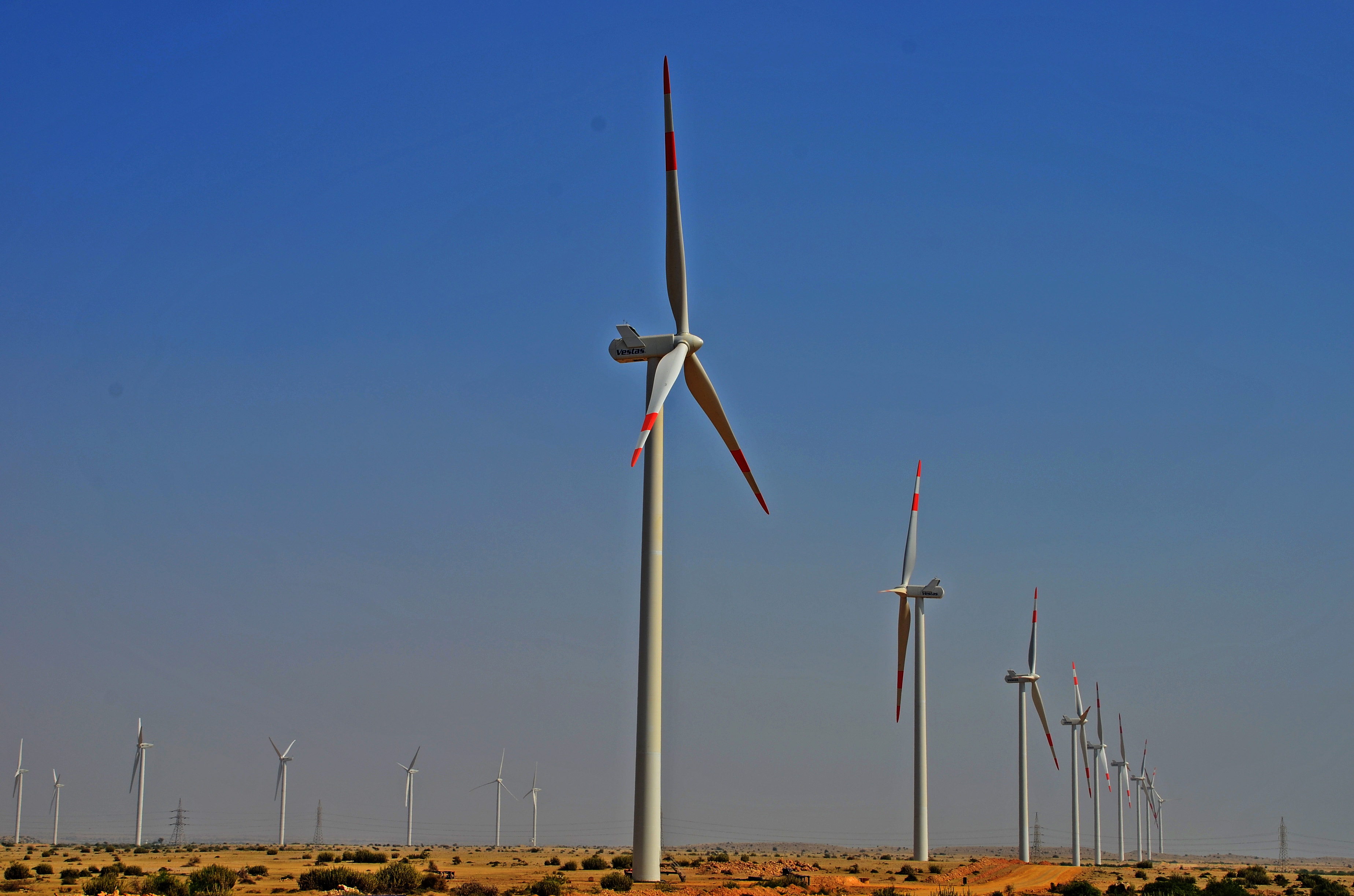 40 companies actively engaged to produce 3000 MW electricity from Wind ...