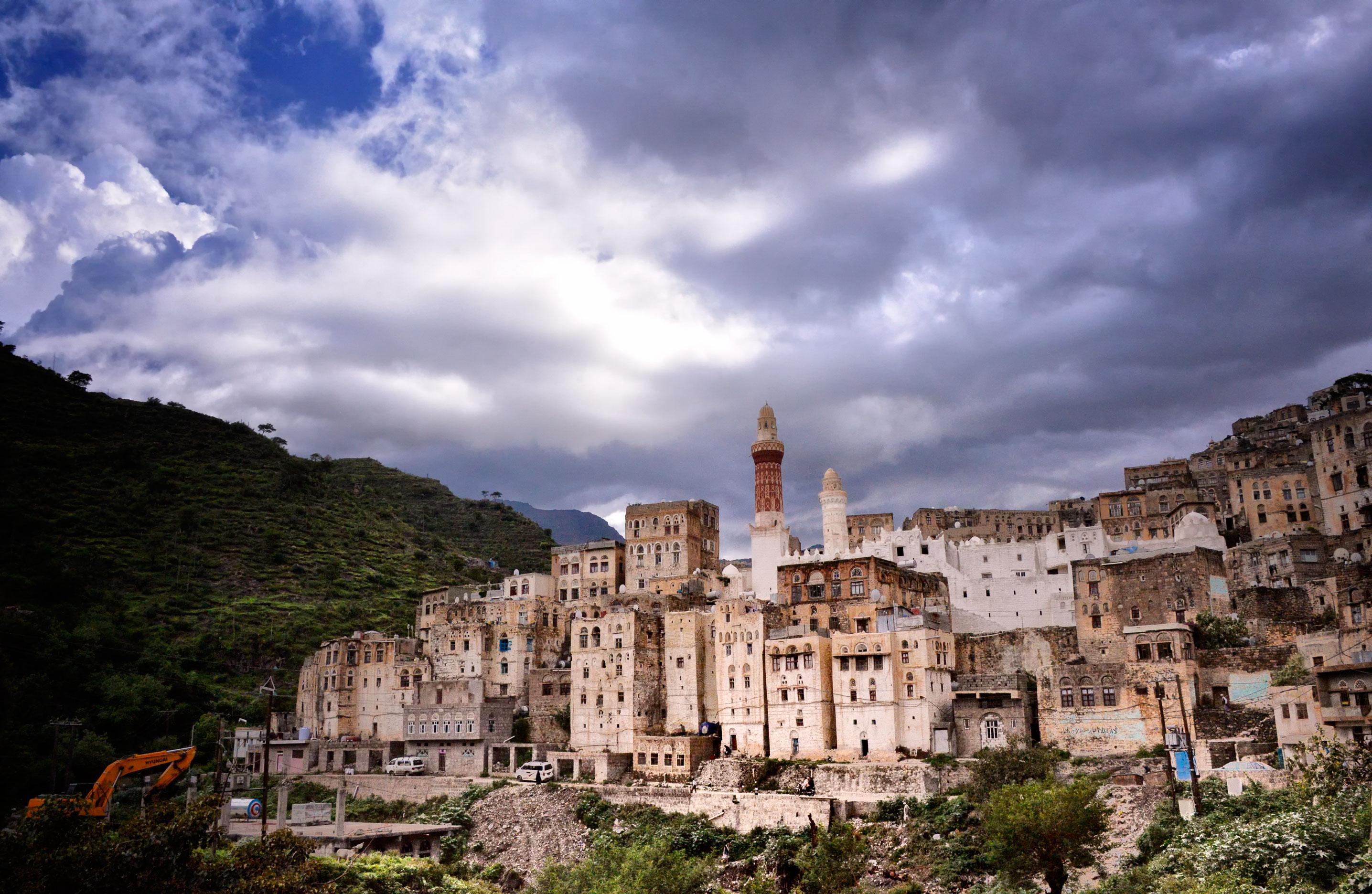 Jibla%2C_Yemen_%2814262696121%29.jpg