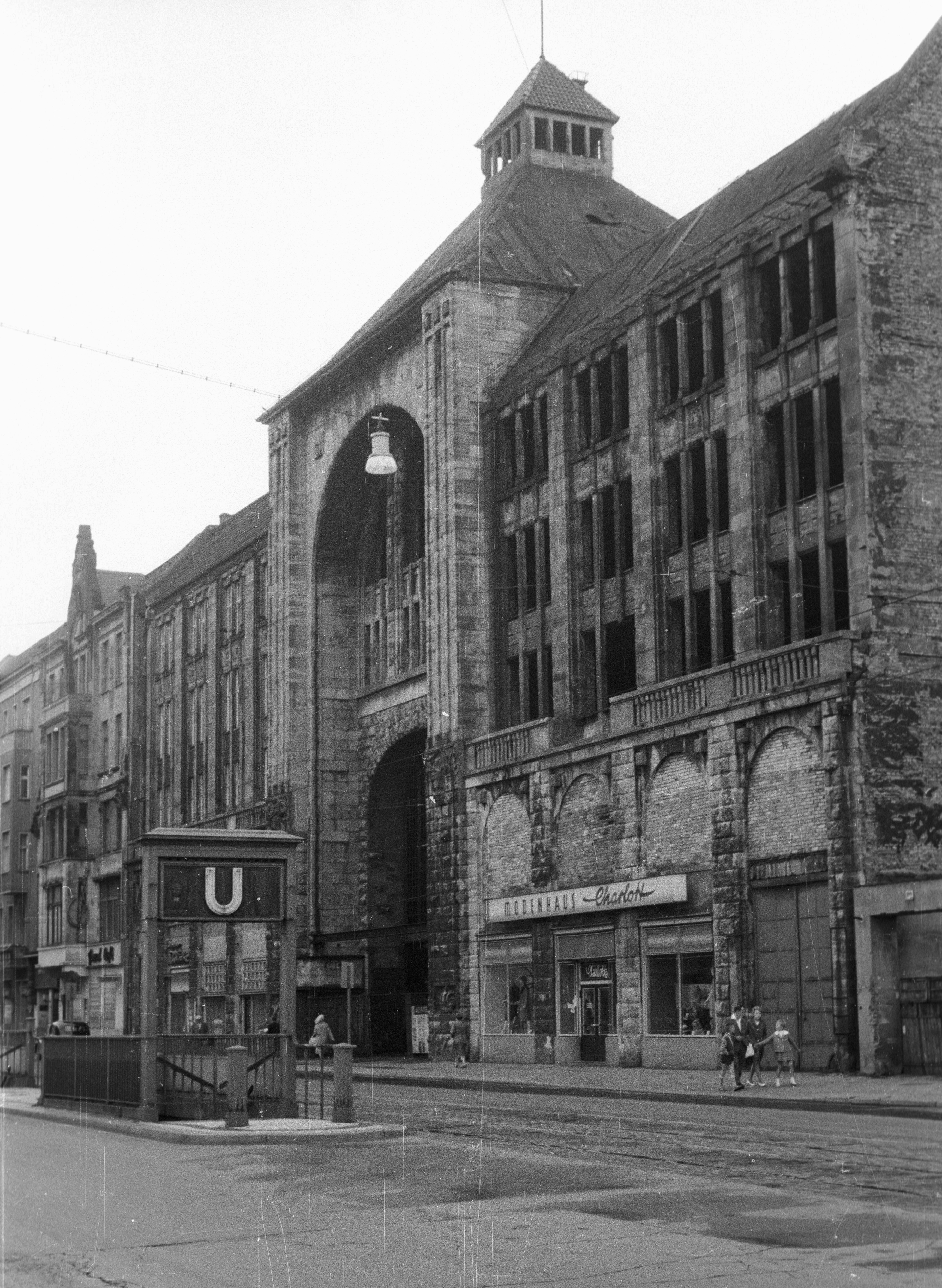 File Kelet Berlin Friedrichstrasse Kunsthaus Tacheles