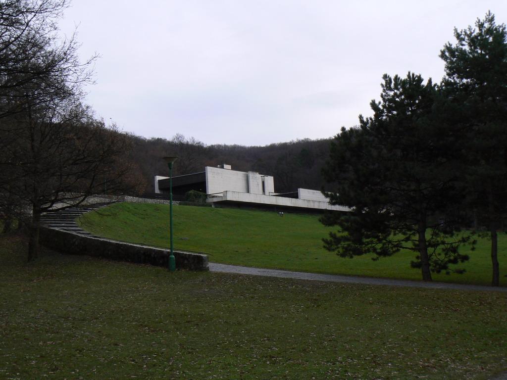 68efecefa Krematorium a urnový háj v Bratislavě – Wikipedie