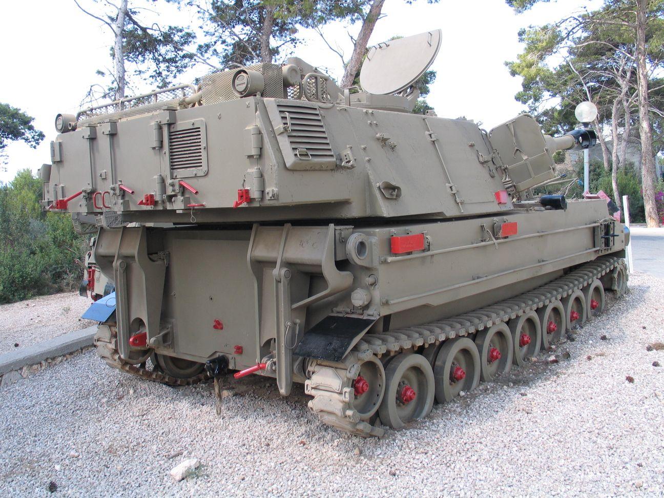 Первые четыре 155 мм сау archer (bae systems bofors archer (fh77bw l52)) из