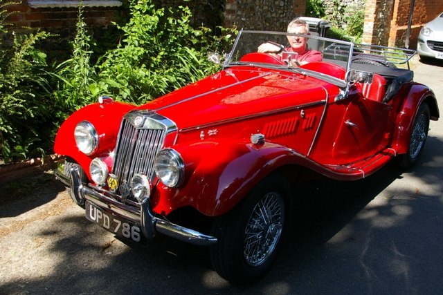 File:MG TF Sports car - geograph.org.uk - 1329694.jpg