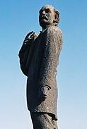 MW Pretorius statue