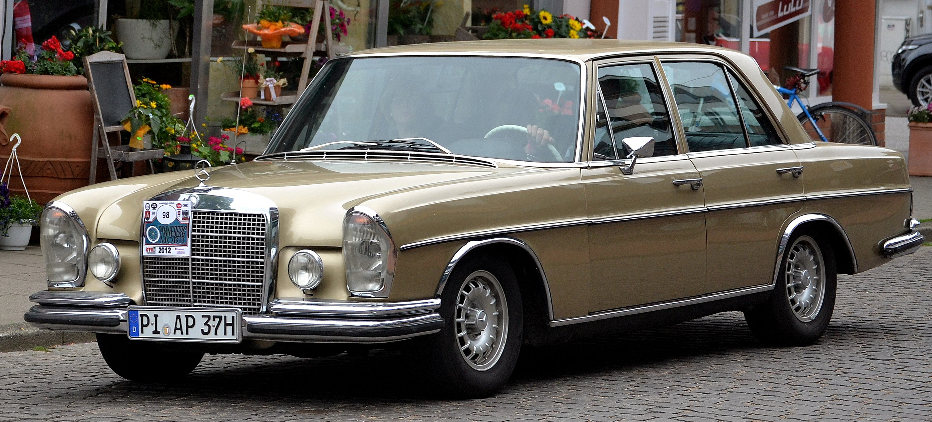 file mercedes benz 280 se w108 1971 wikimedia commons. Black Bedroom Furniture Sets. Home Design Ideas