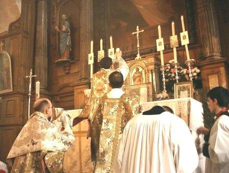 Mass in the Catholic Church - Wikipedia