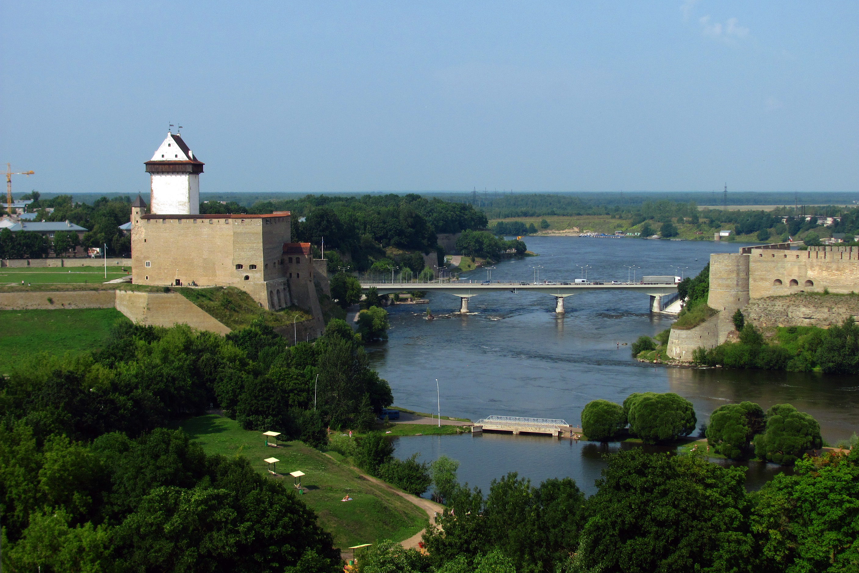 Estonia >> Narva River