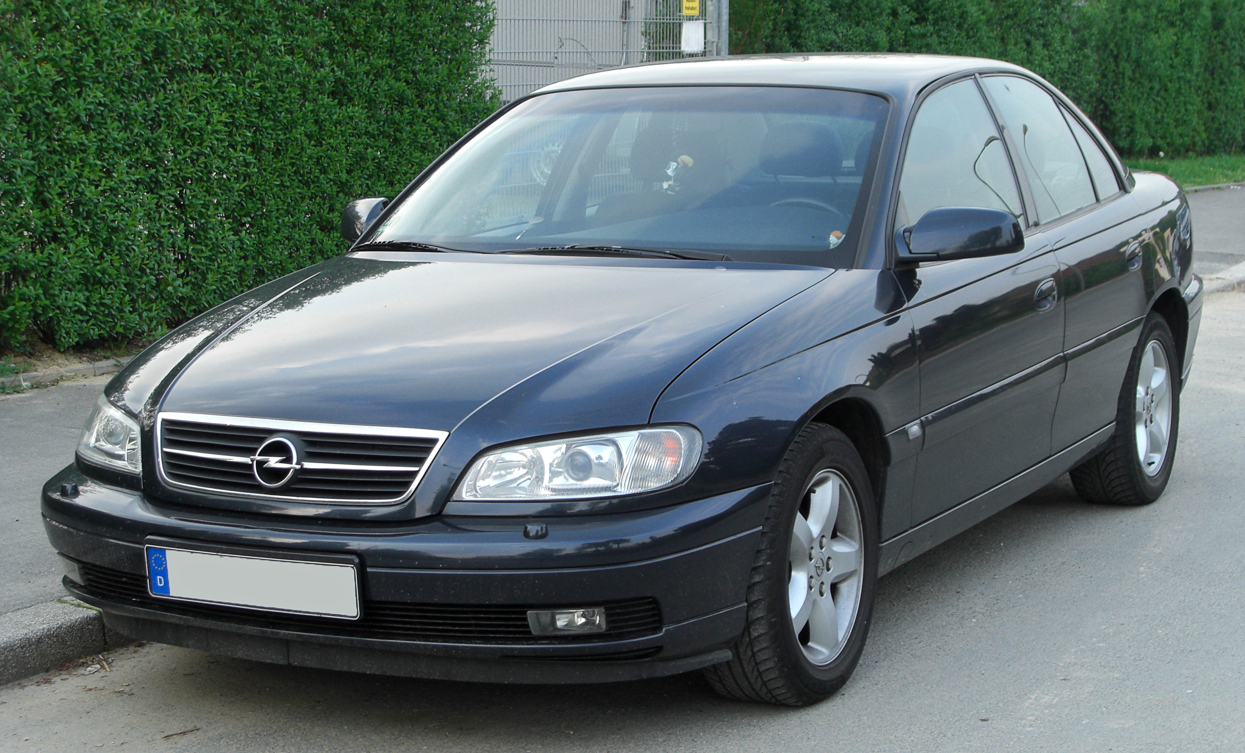 file opel omega ii facelift front wikimedia commons. Black Bedroom Furniture Sets. Home Design Ideas