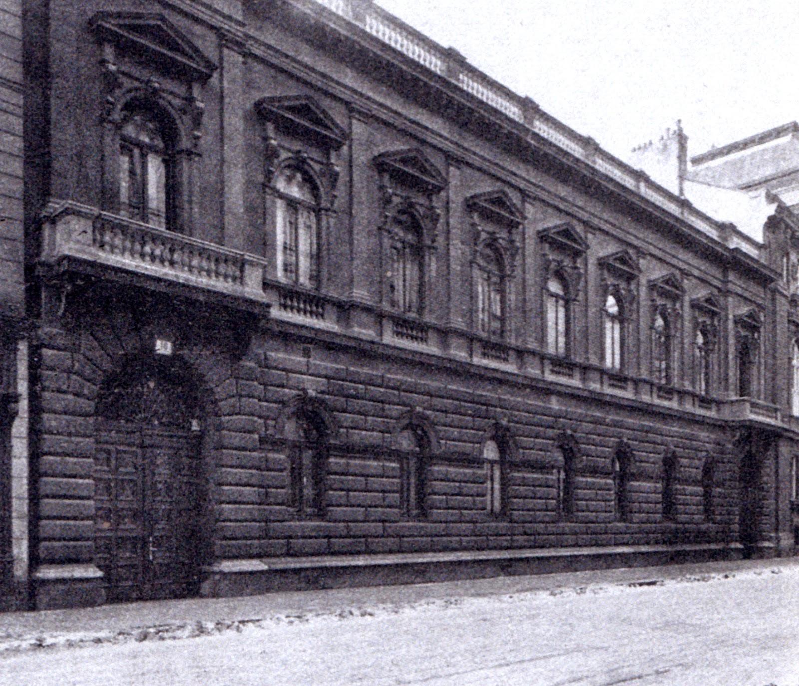 https://upload.wikimedia.org/wikipedia/commons/f/fb/Palais_Wittgenstein_03.jpg