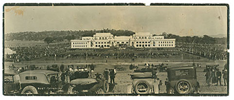 The opening of Parliament House in May 1927. Parliamenthouse2.jpg