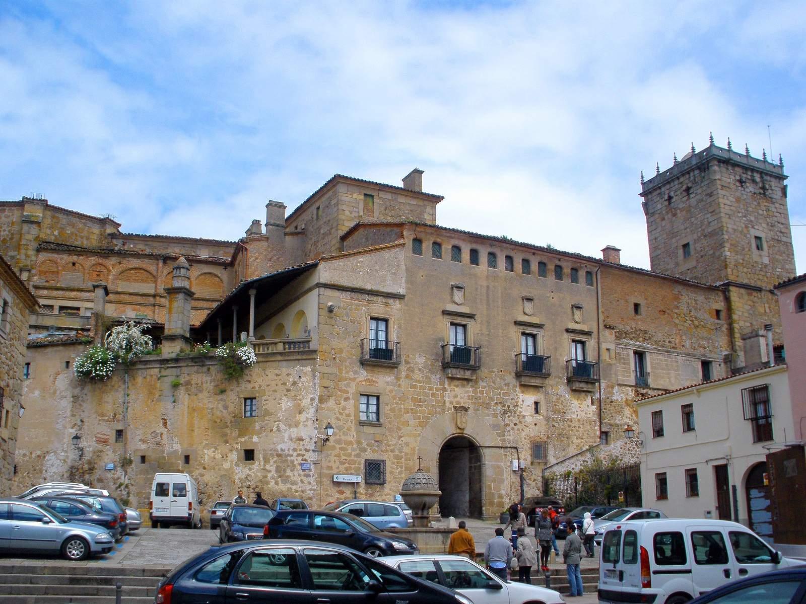 File plasencia palacio del marques de mirabel y convento de san wikimedia commons - San vicente del palacio ...