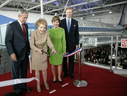 President Bush, Laura Bush and Nancy Reagan.jpg