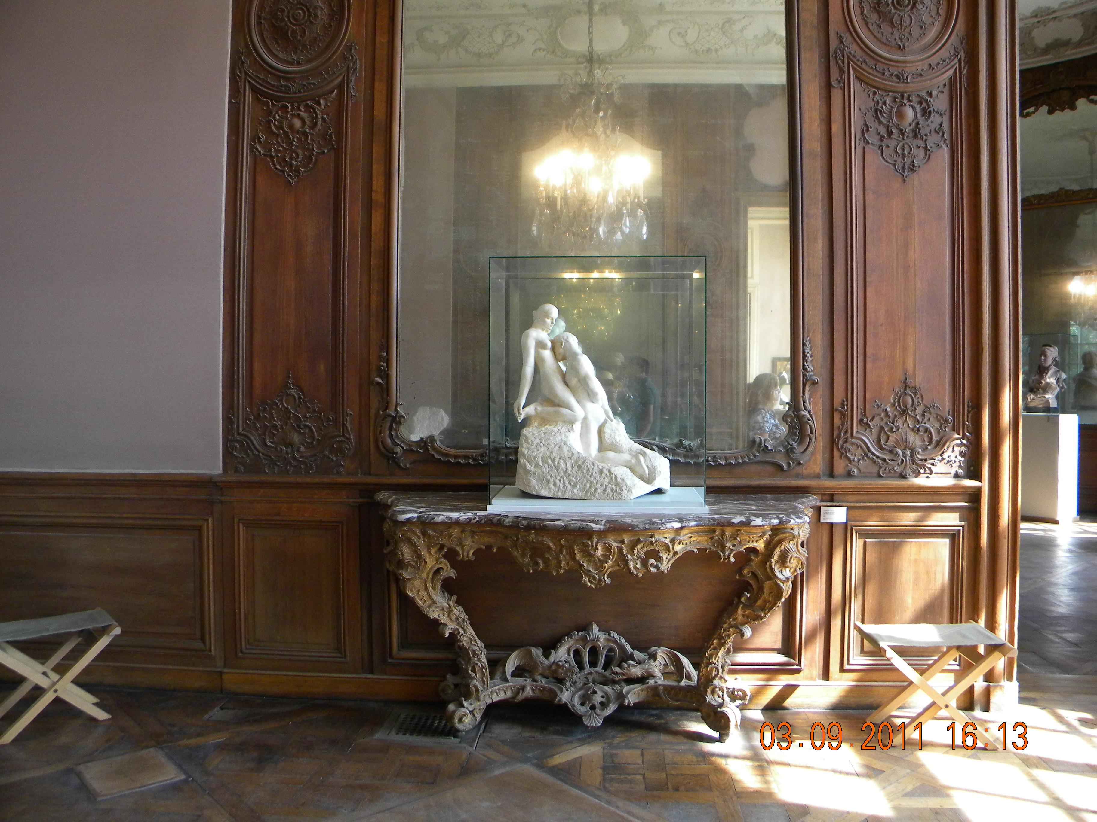 File rodin museum interior paris 1 jpg wikimedia for Interiors paris