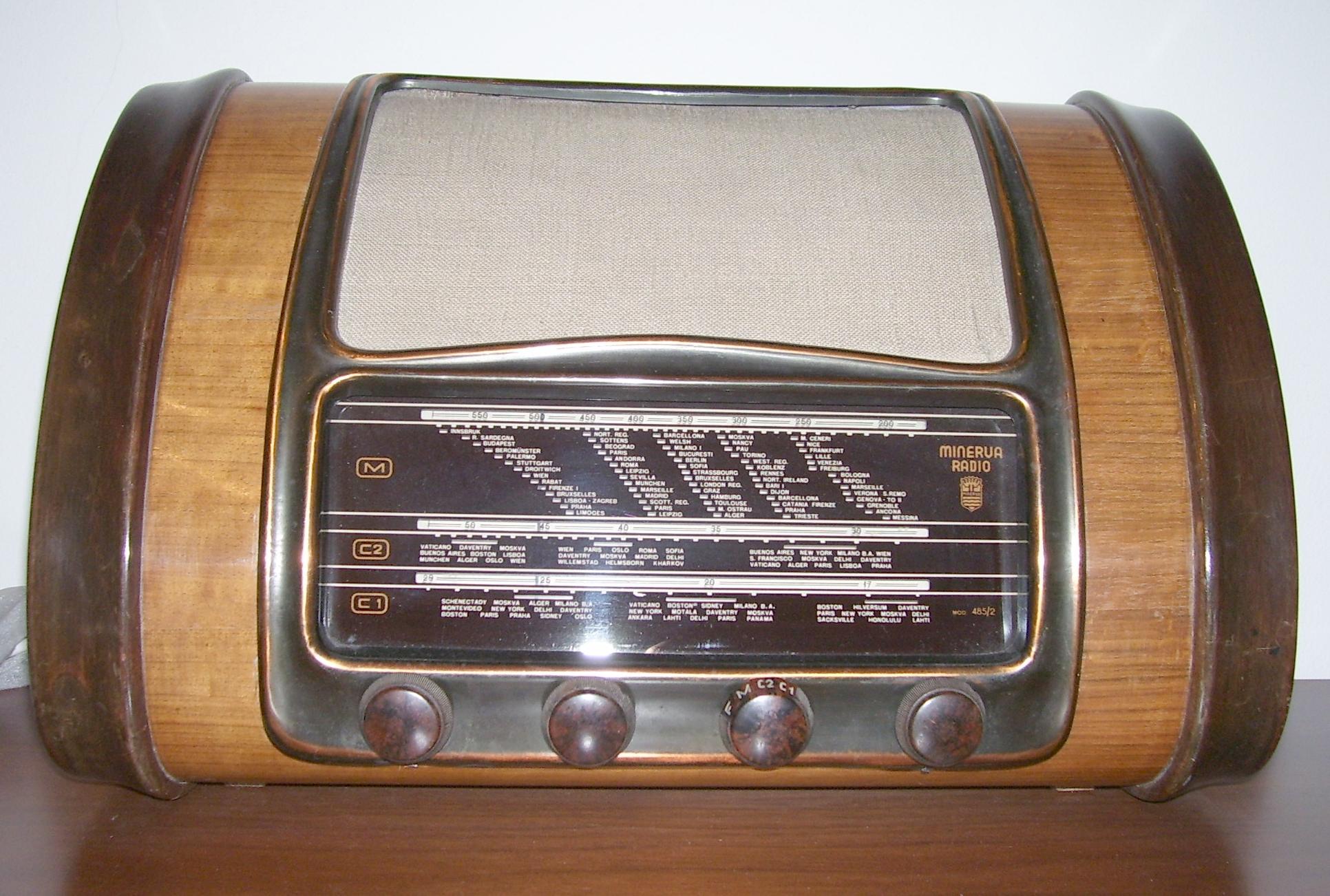 Radio 1943