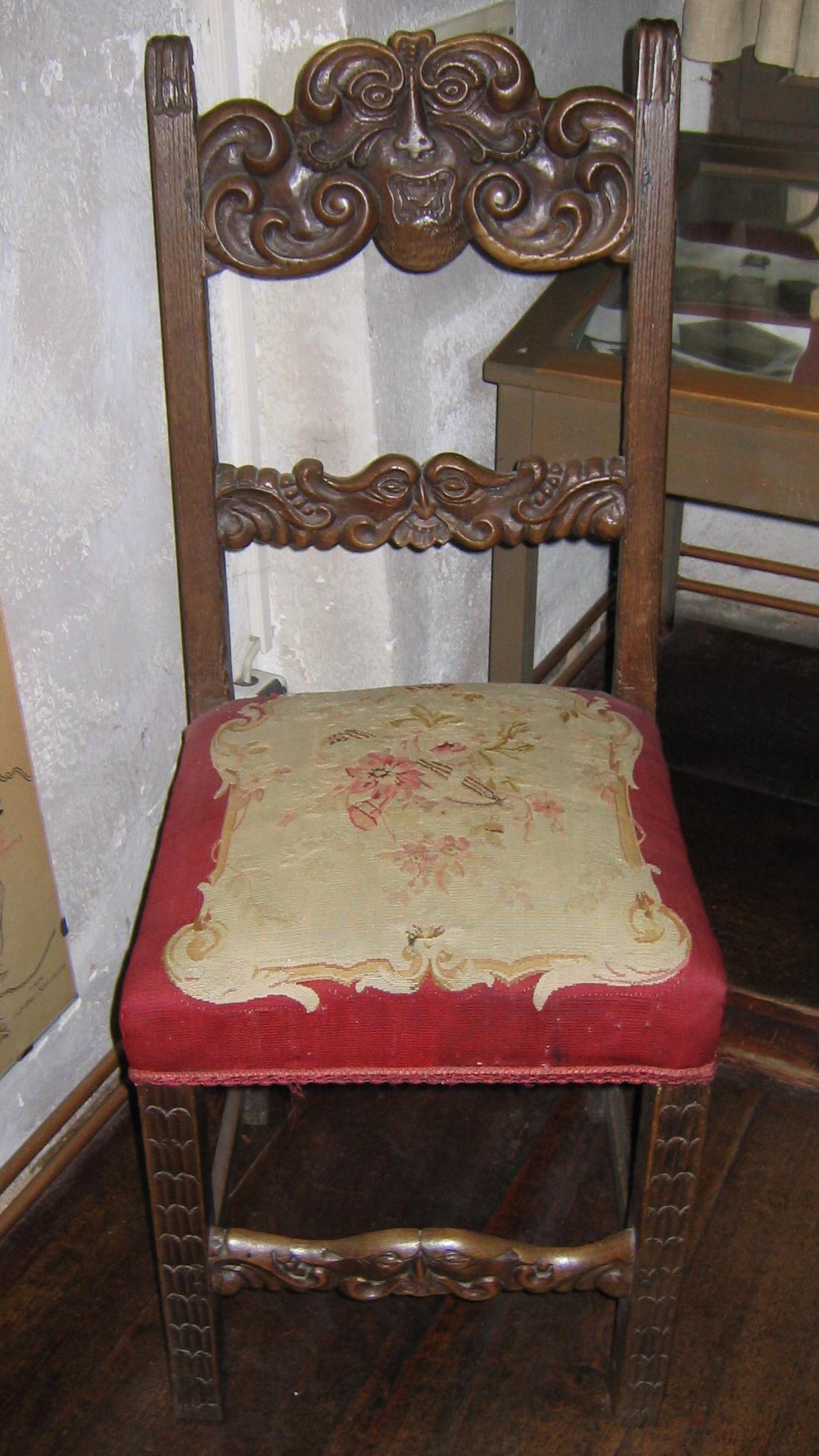file rodt historiengewoelbe gepolsterter stuhl renaussance wikimedia commons. Black Bedroom Furniture Sets. Home Design Ideas