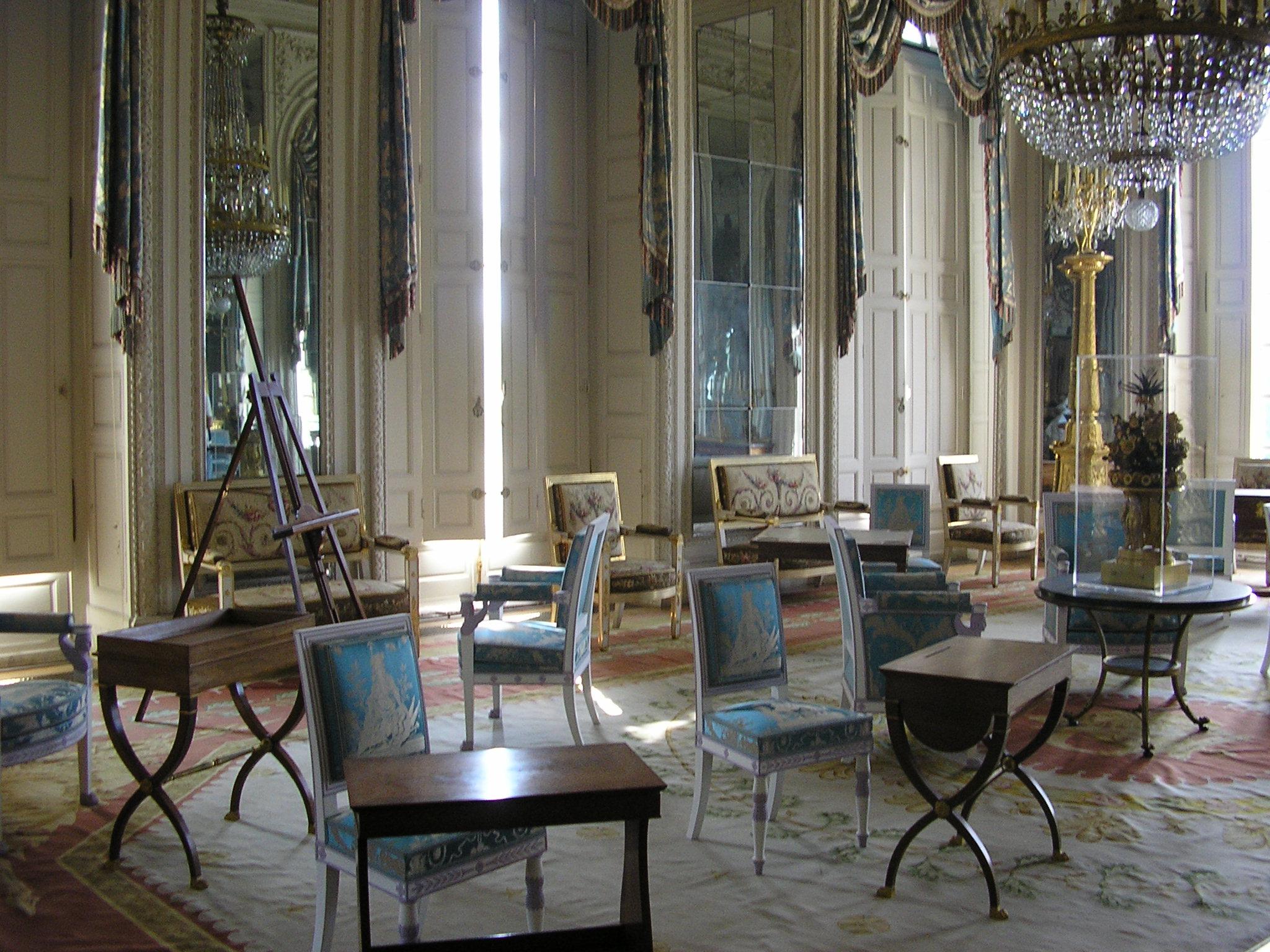 Image Result For French Restaurant Interior Design