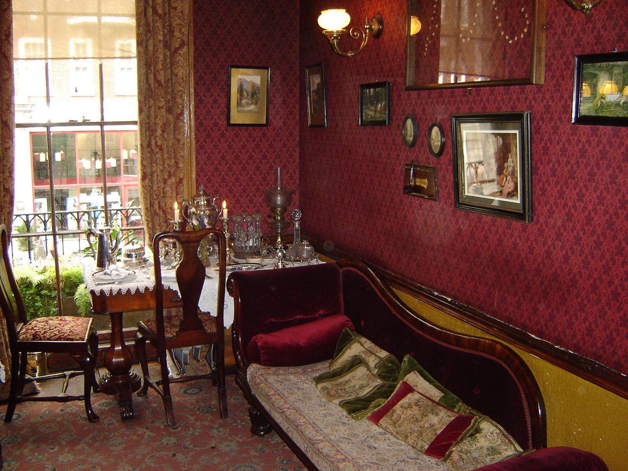 File Sherlock Holmes Museum Sitting Room London