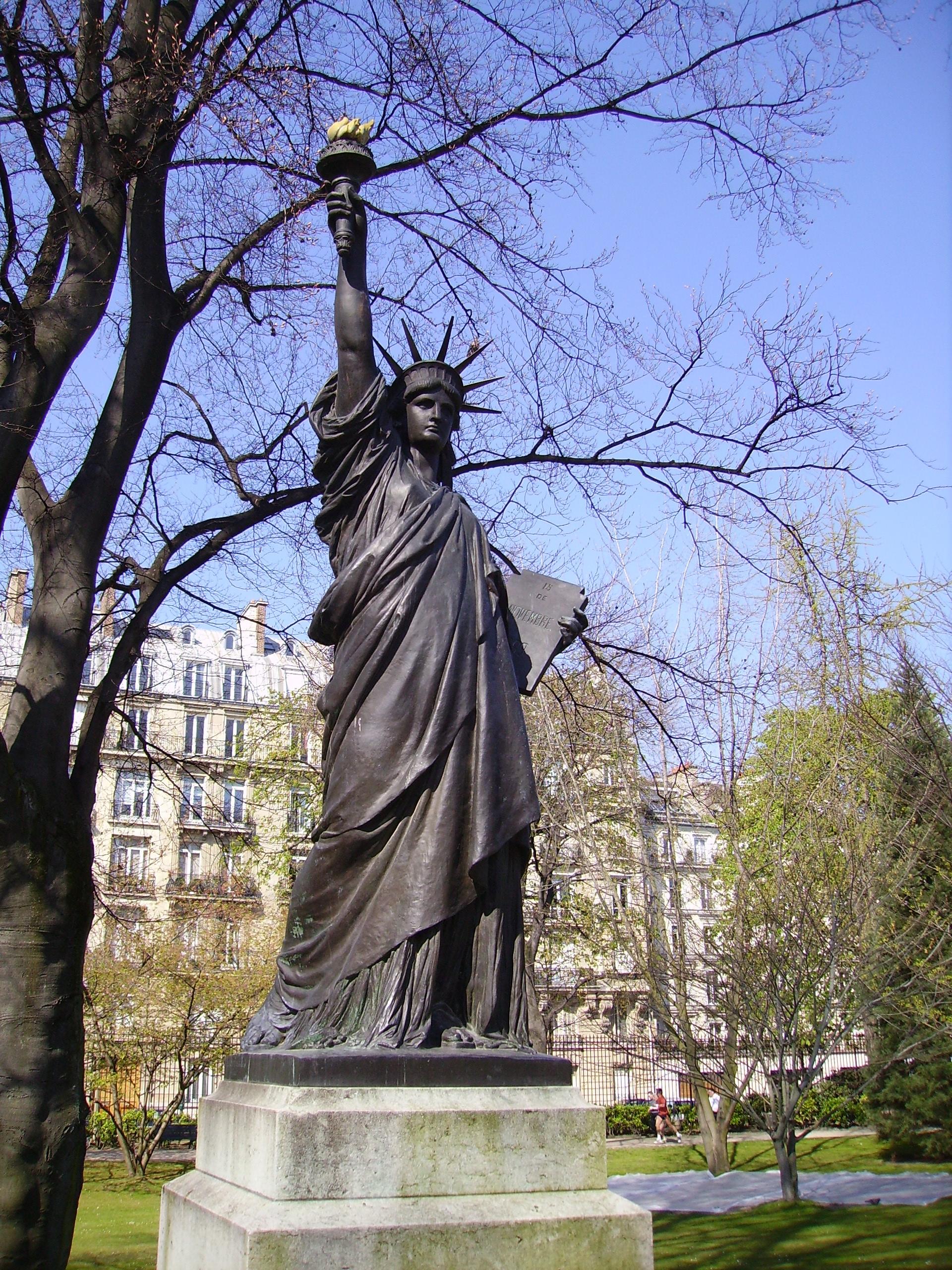 File statue of liberty paris jardin du - Statue jardin ...