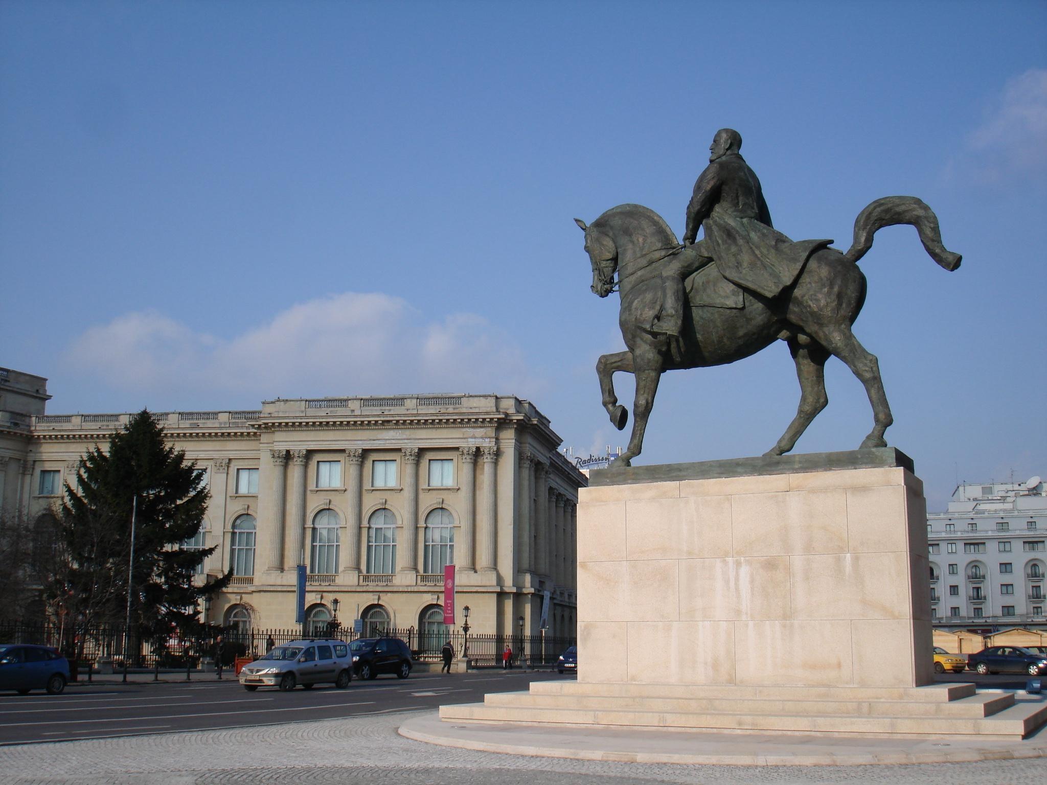 New statue of Carol I